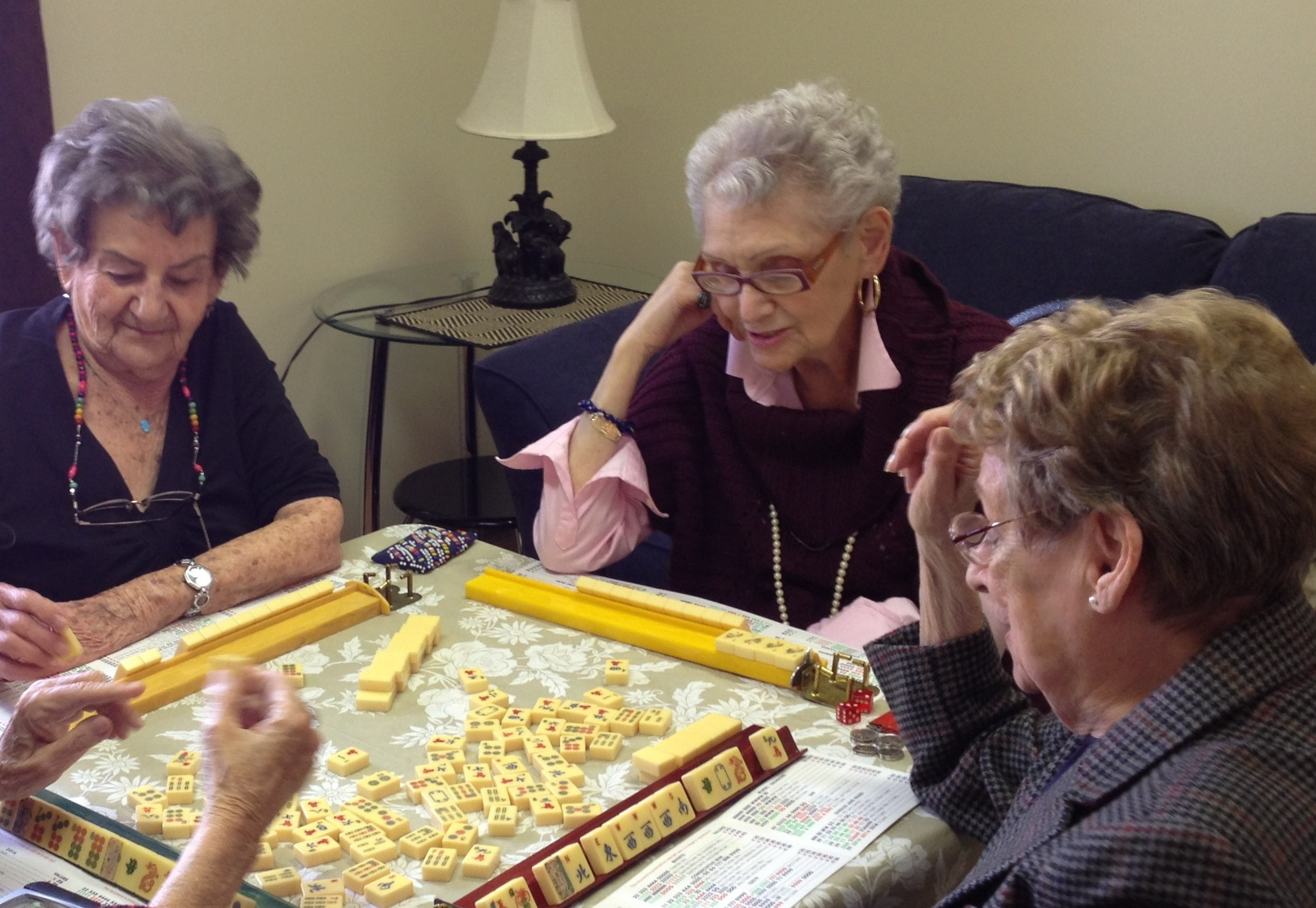 ladies playing mah jong
